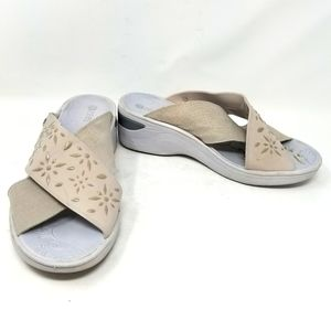 BZees Diamond Grey Slip ons Sandals Size. 9W